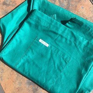 NWOT large scrubs pants